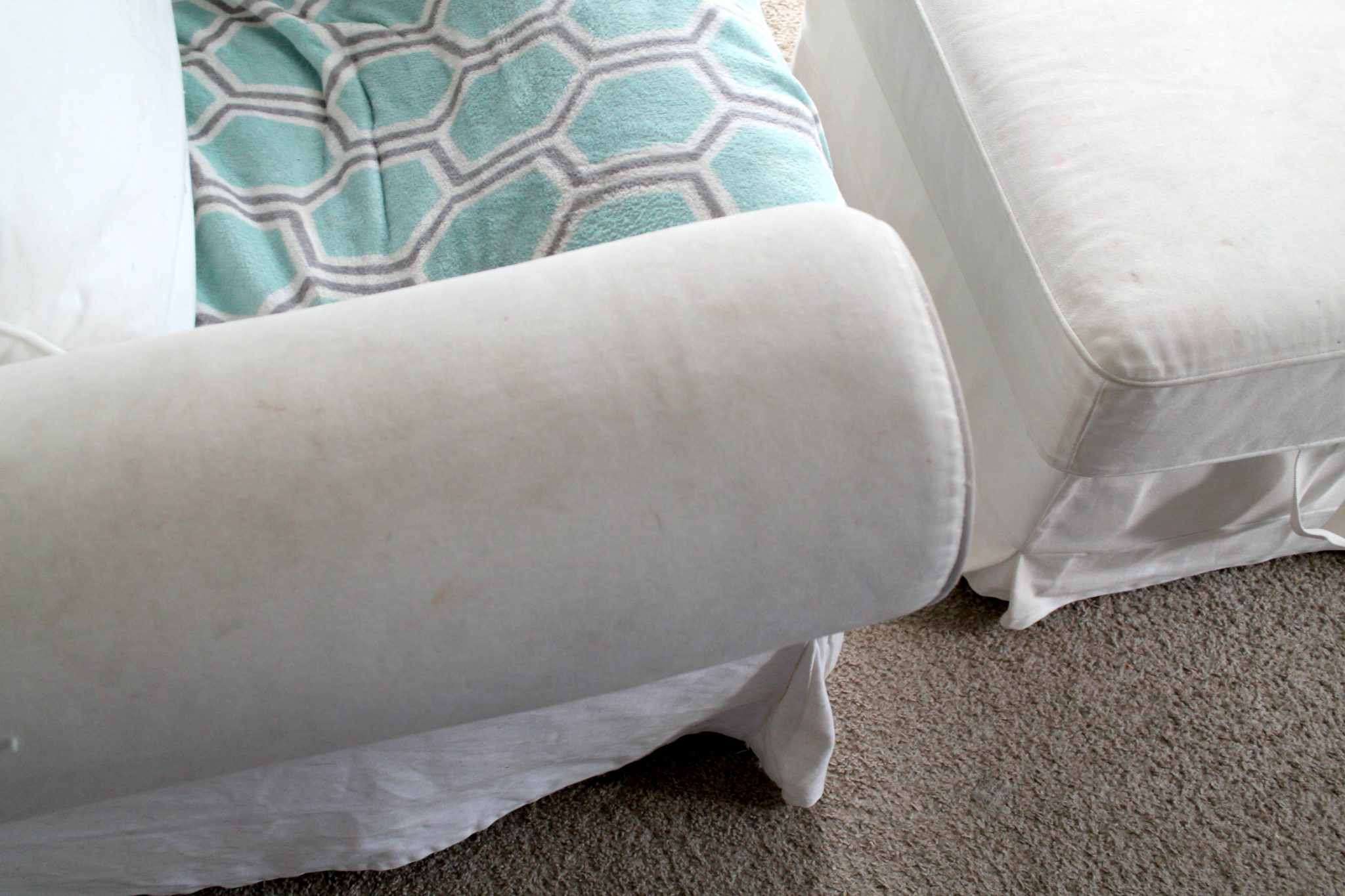 Tips for Keeping Your White Furniture Clean