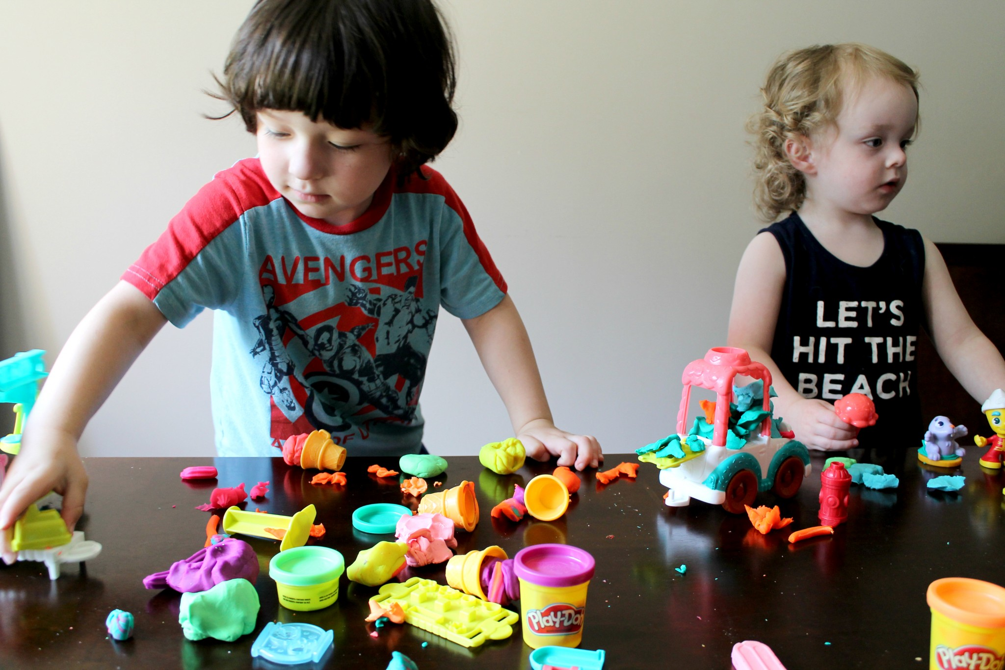 Fun with PLAY-DOH TOWN!