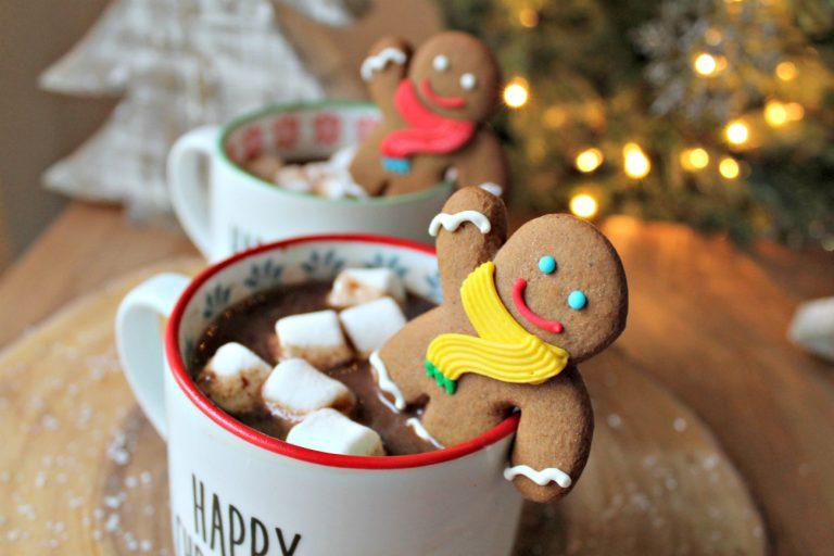 The BEST Crock Pot Hot Chocolate