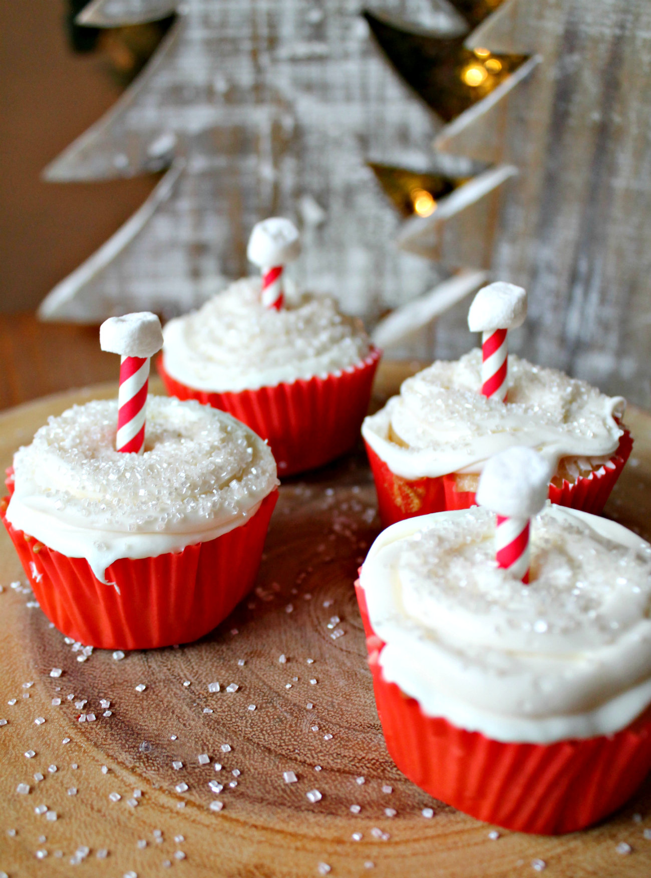 Easy Magic-Filled North Pole Cupcakes
