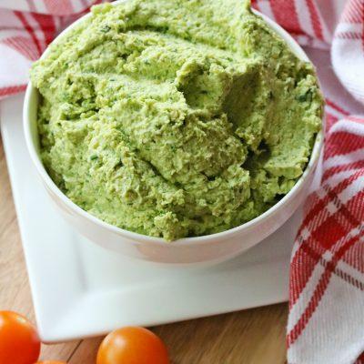 Simple & Delicious Kale Hummus