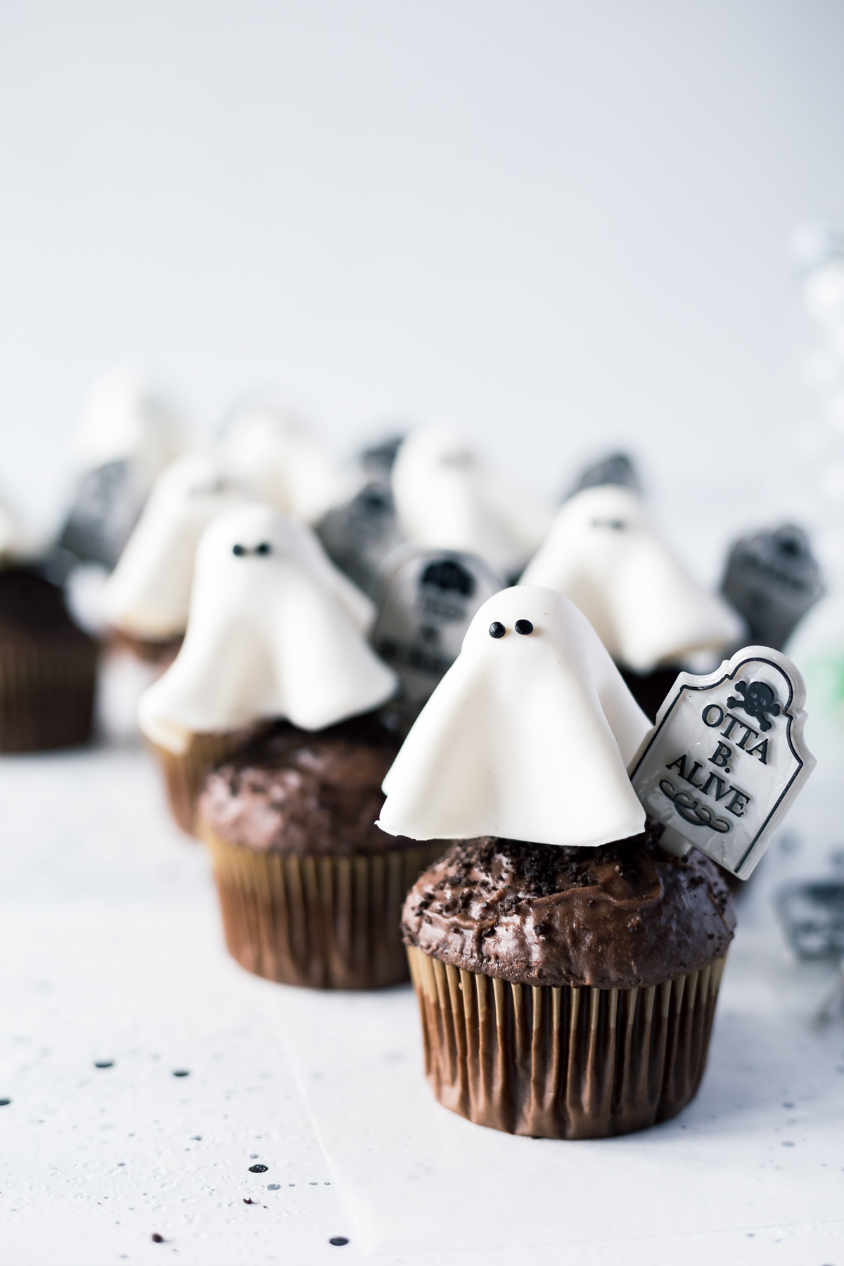 Floating Ghost Cupcakes