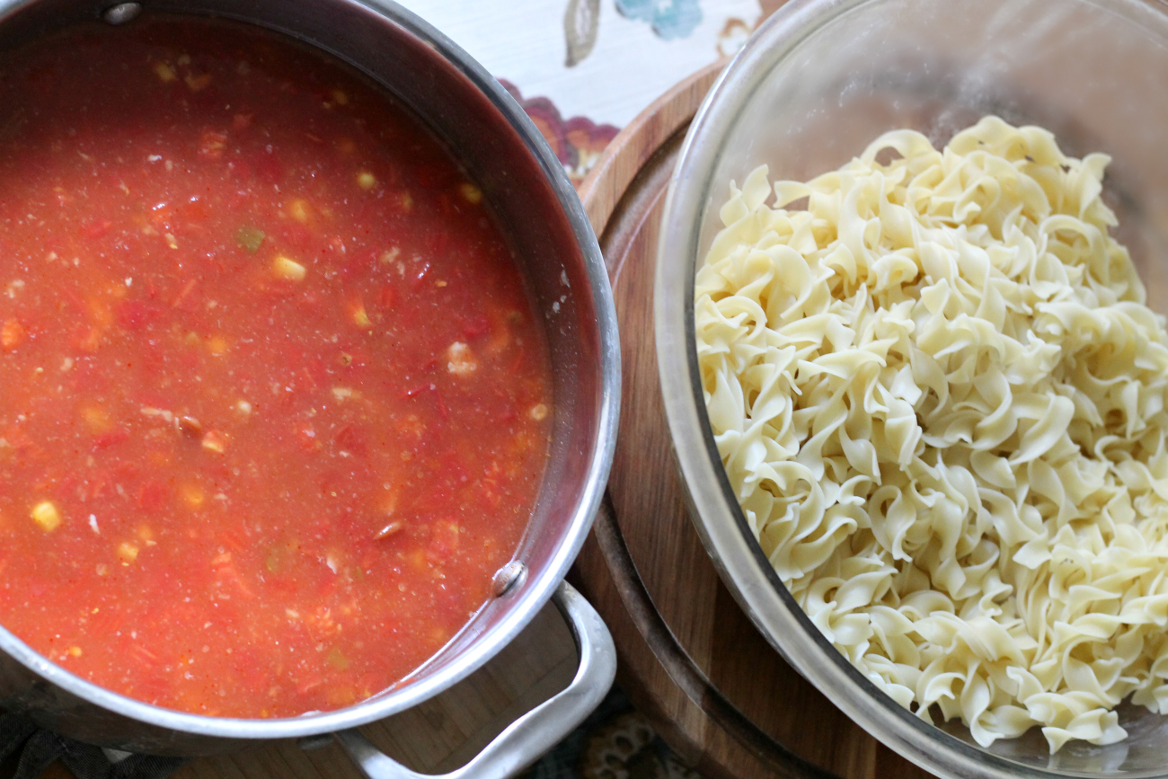 Spicy Chicken Taco Noodle Soup