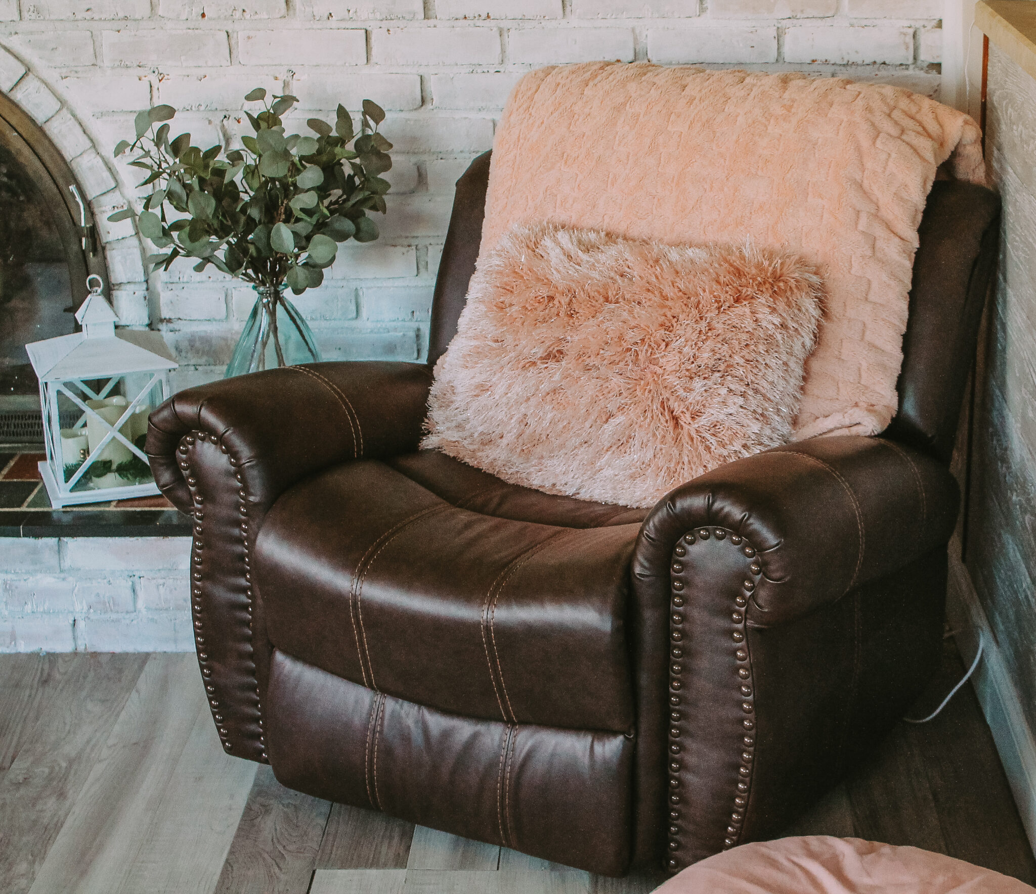 Affordable Comfortable Stylish Recliner