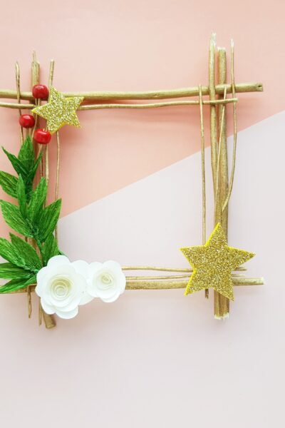 DIY Twig Wreath Christmas Craft