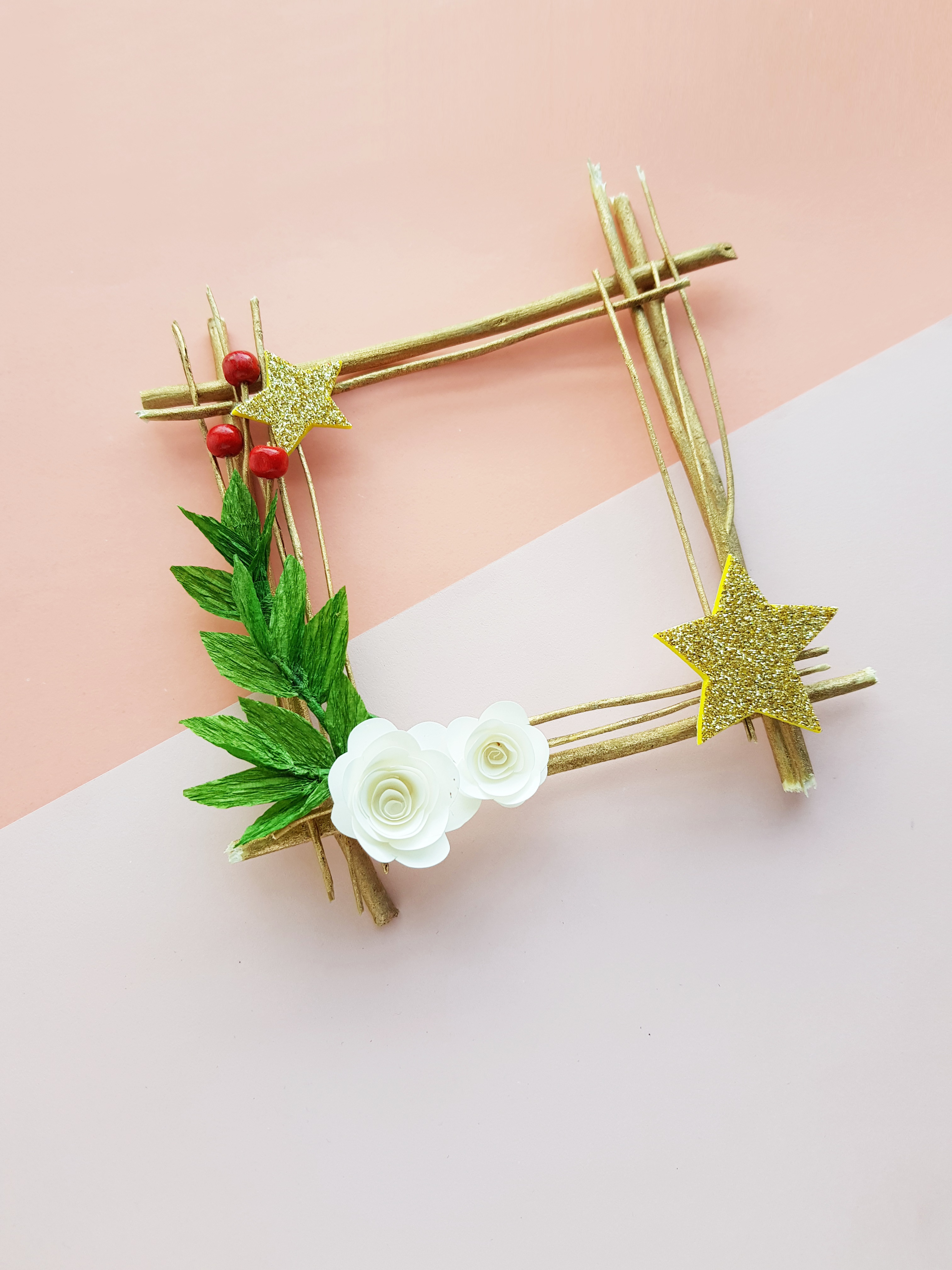 DIY Twig Wreath Christmas Craft
