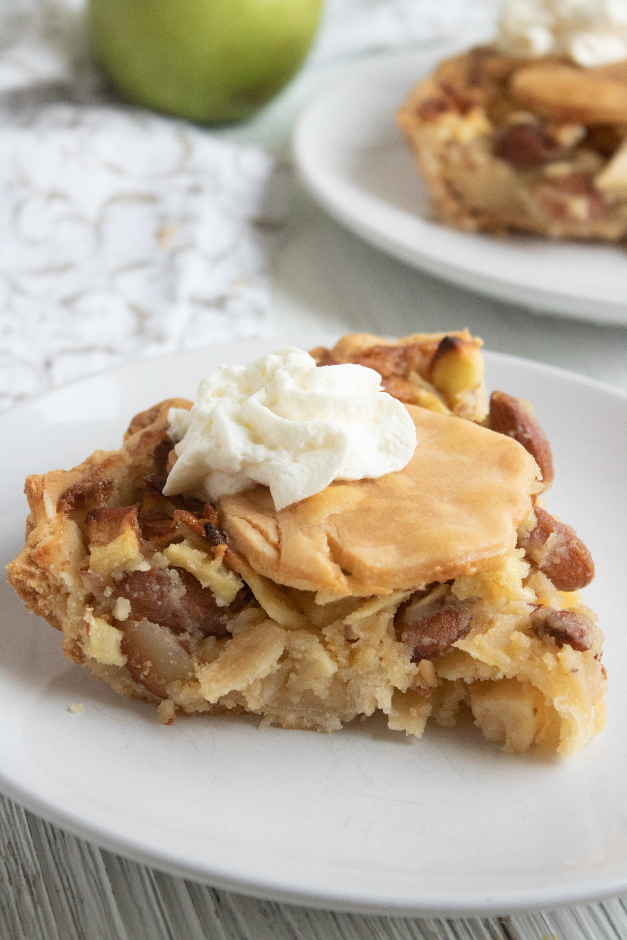 Easy Apple Almond Pie Recipe